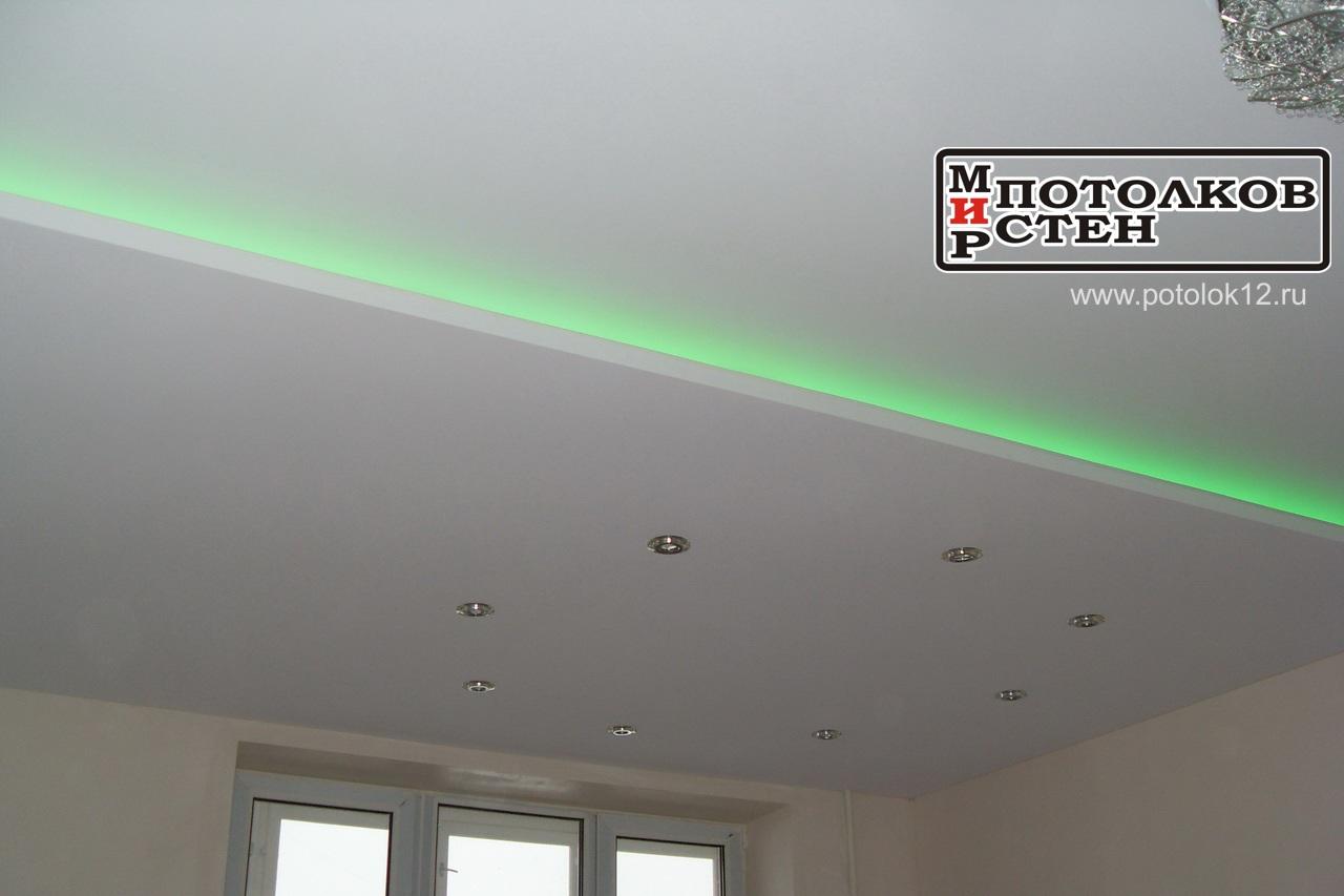 Зеленая светодиодная подсветка потолка