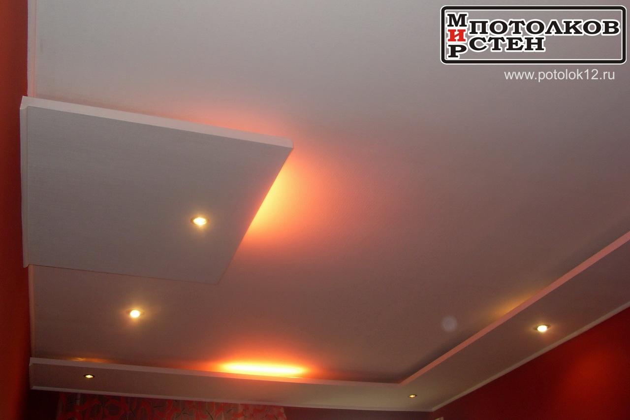 Потолок с нишей